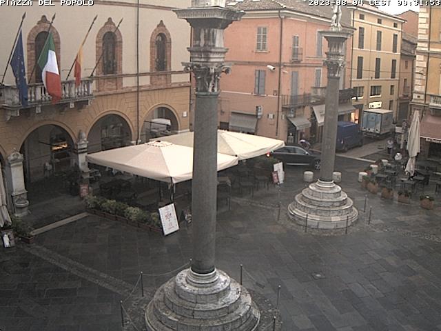 Ravenna, Piazza del Popolo Live Cam, Italy